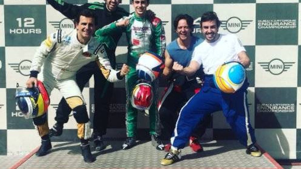 El vacile de Fernando Alonso a Pedro de la Rosa en la carrera de resistencia en su circuito