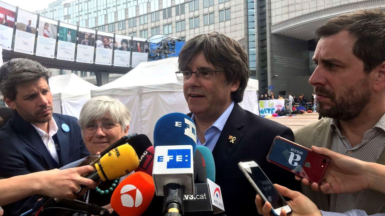 Portazo del Supremo a Puigdemont: confirma su suspensión y que está huido
