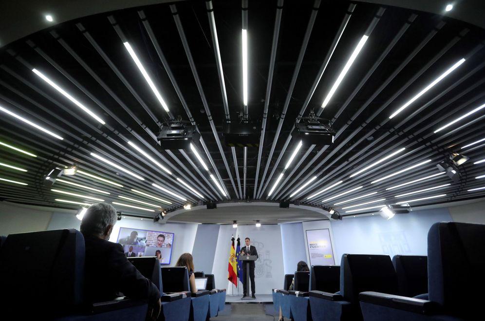 Foto: Pedro Sánchez, durante su comparecencia en la Moncloa de este 31 de mayo, ya con periodistas en la sala. (EFE)