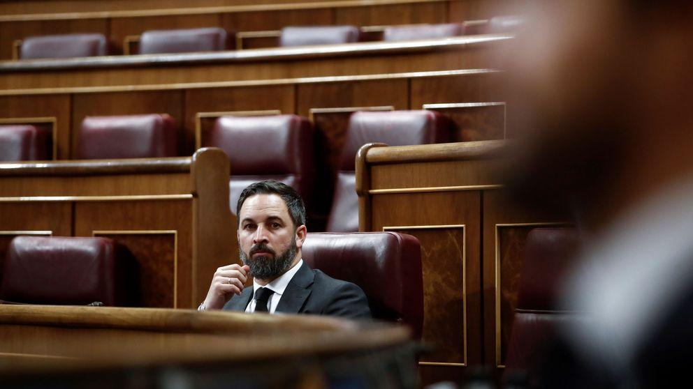 Abascal rechaza hablar con Sánchez mientras este pide nuevos Pactos de la Moncloa
