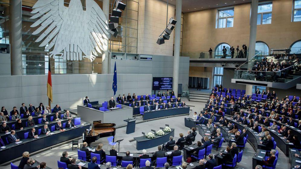 Foto: Cientos de políticos alemanes están afectados por la filtración