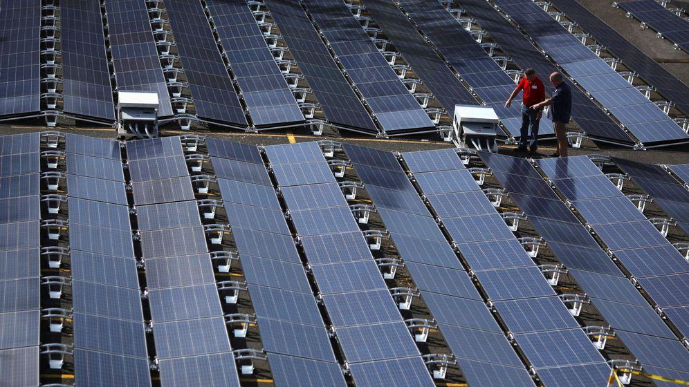 Foto: Placas solares de Tesla. (Reuters)