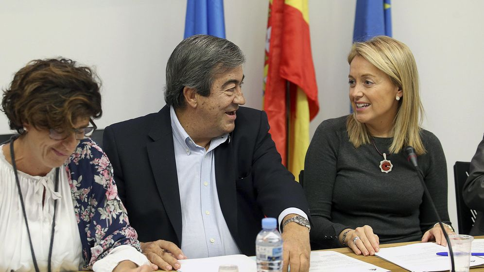 Foto: La presidenta de Foro, Cristina Coto y el expresidente del partido, Francisco Alvarez Cascos. (EFE)
