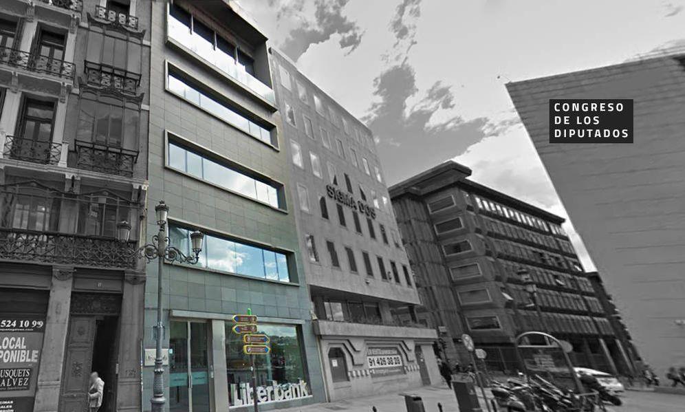 Sareb liberbank saca al mercado su gran joya inmobiliaria for Oficinas liberbank barcelona