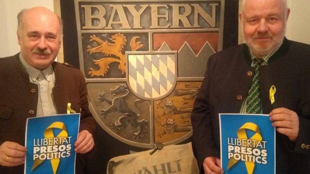 Foto: El partido nacionalista de Bayern está aprovechando la atención mediática al independentismo (a la derecha Florian Weber, su líder).