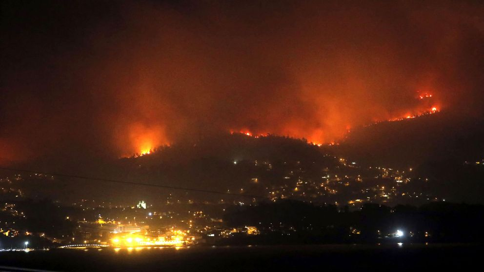 Fotos de los incendios en Galicia, Asturias y Portugal