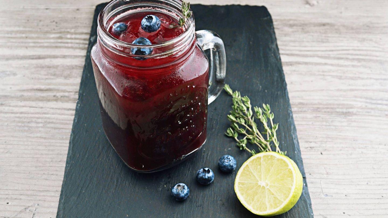 Las dietas detox recomiendan consumir mucho líquido. (Wesual Click para Unsplash)