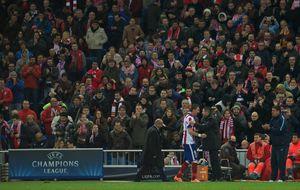 Simeone sienta a Torres y da cariño a Mandzukic, su '9' para la Liga