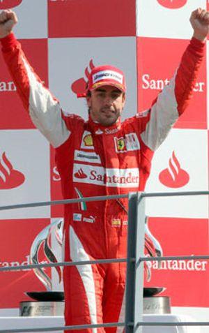 Alonso, elegido mejor deportista español de todos los tiempos por los lectores