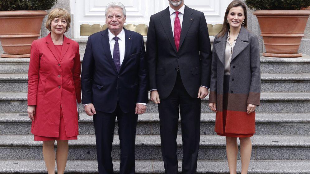 Foto: Los Reyes junto a Joachim Gauck y Daniela Schadt (EFE)