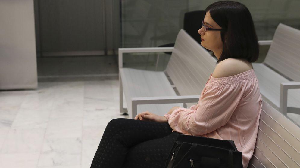 Foto: Cassandra, la tuitera de Murcia que se mofó en Twitter del asesinato de Luis Carrero Blanco. (EFE)