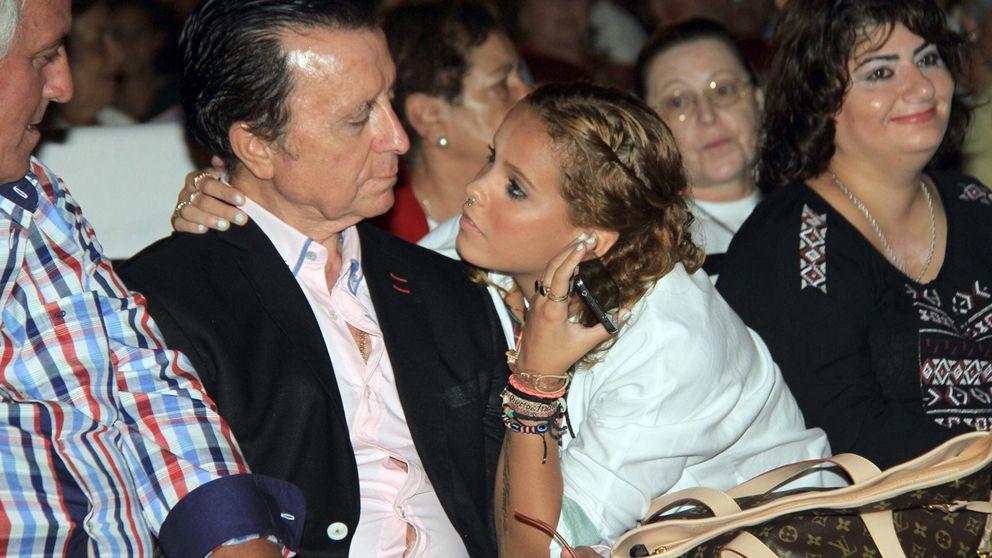 Noche de ausencias en un homenaje a Rocío Jurado en Chipiona