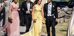 Post de La familia real sueca, de boda: los detalles de los looks de Victoria, Sofía y Magdalena