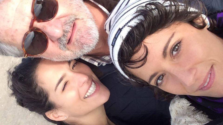Manuel Marín, con sus hijas Paloma y Alejandra.