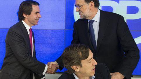 Rajoy se venga de Aznar en las librerías: ya ha vendido un 30% más que su predecesor