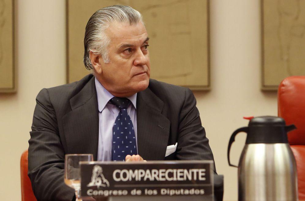 Foto: El extesorero del PP Luis Bárcenas en el Congreso durante su comparecencia en la comisión de investigación. (EFE)