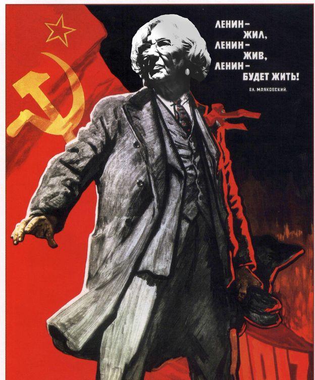 Foto: Manuela Carmena en el papel de Lenin. (Enrique Villarino)