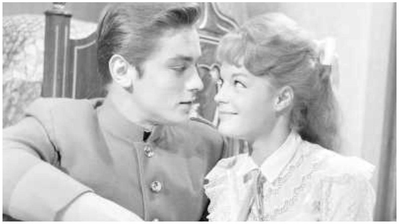 Romy Schneider y Alain Delon, en un fotograma de 'Christine' de 1958. (Rizzoli Film)