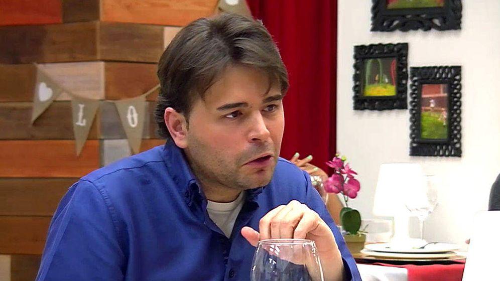 Foto: Javier realizó las preguntas más raras de 'First dates'.