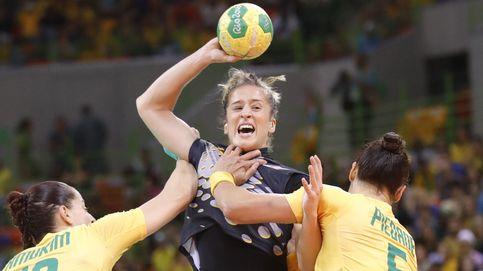 España acaricia los cuartos de final tras ganar a Brasil