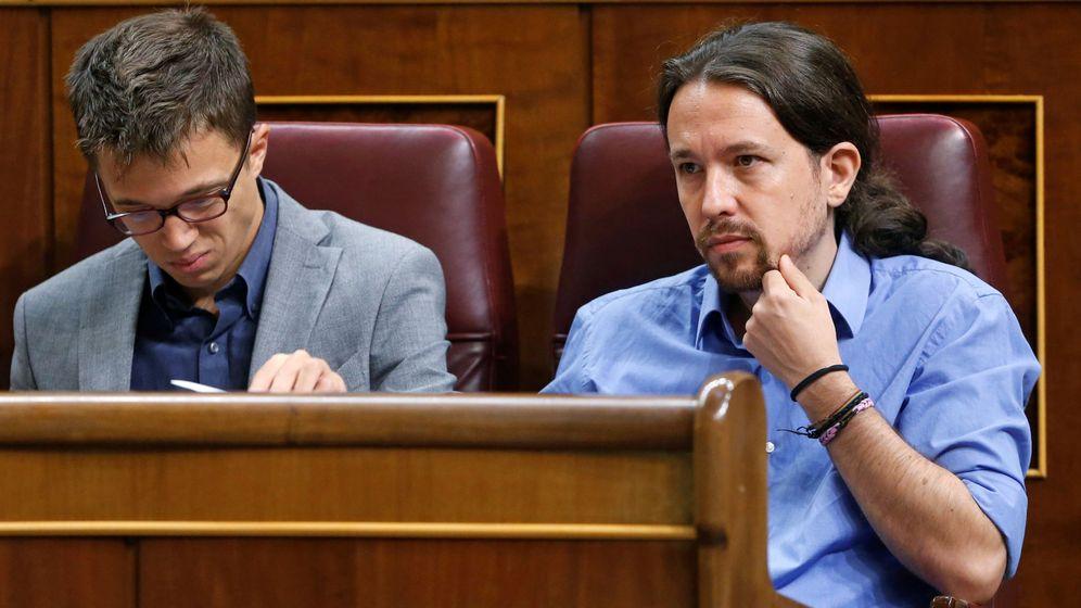 Foto: El secretario general de Podemos, Pablo Iglesias, y su número dos Íñigo Errejón. (Reuters)