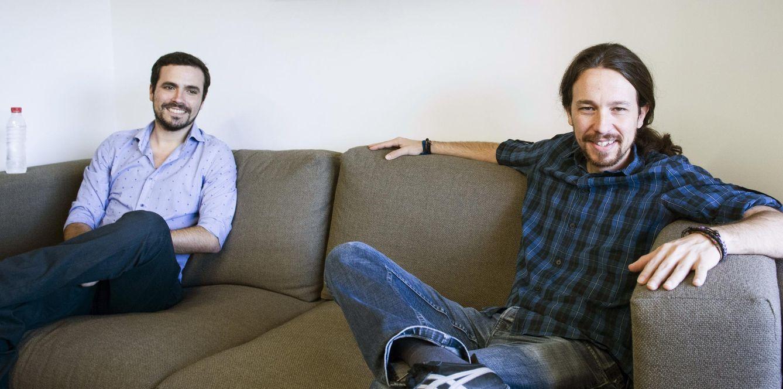 Alberto Garzón y Pablo Iglesias, durante su primera reunión, el pasado 24 de junio en la sede de Podemos. (EFE)