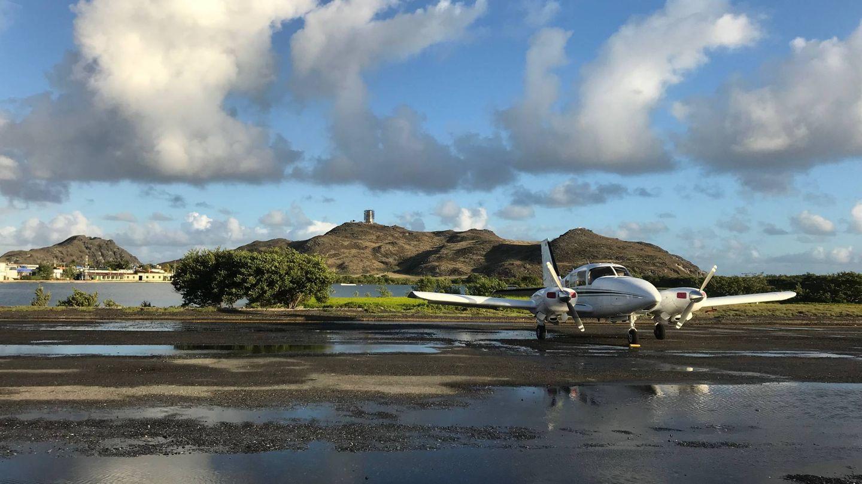 Un avión privado en un aeródromo de Los Roques. (A. Hernández)