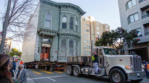El impresionante traslado de una casa victoriana por las calles de San Francisco