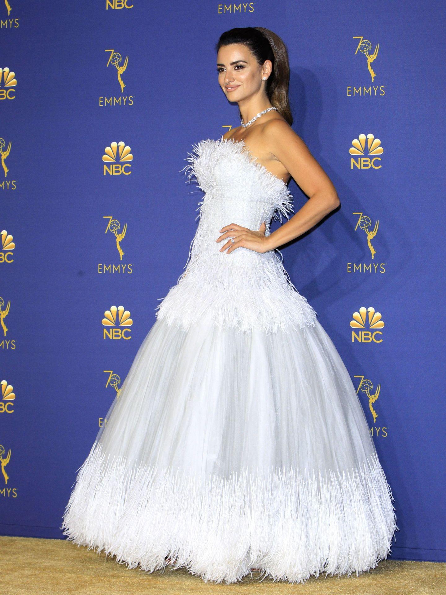 Penélope Cruz en los Premios Emmy 2018. (EFE)