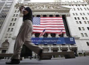 Wall Street despide en verde una semana de máxima volatilidad
