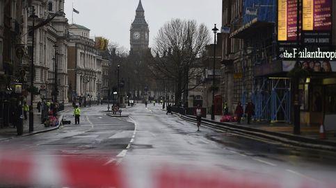 Los atentados de Londres, un día después: detenciones, tres víctimas y flores