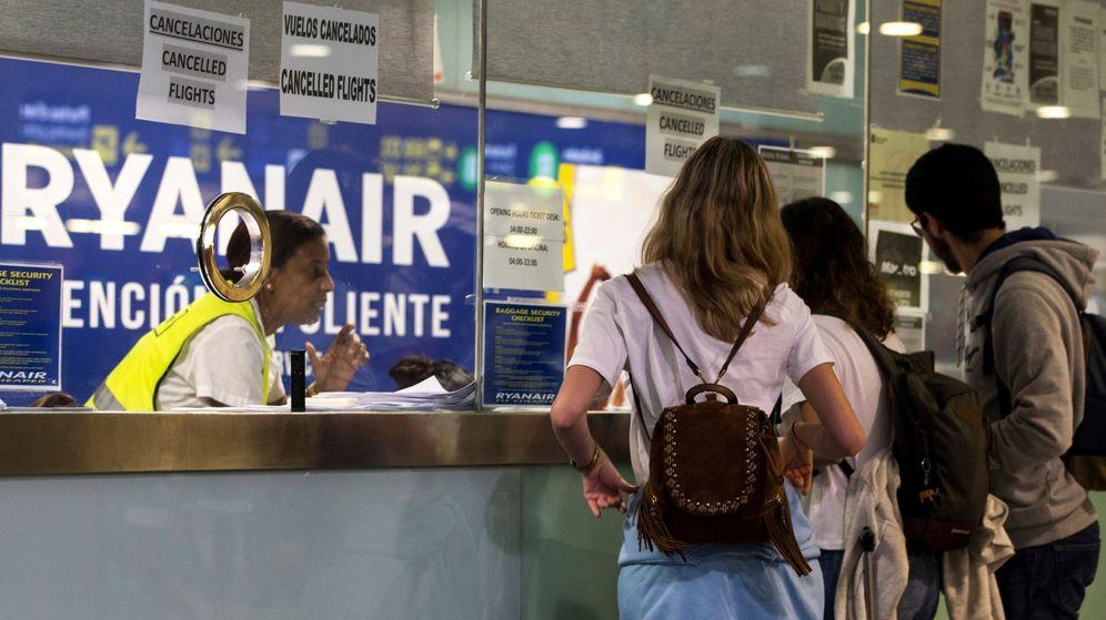 Foto: Huelga de Ryanair en el aeropuerto de Barcelona | EFE