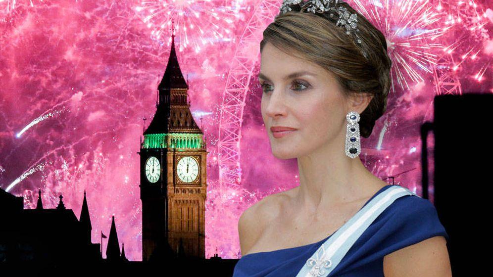 Foto: La Reina en un fotomontaje realizado por Vanitatis.