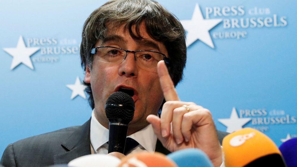 Foto: El expresidente catalán, Carles Puigdemont, en una rueda de prensa desde Bruselas. (Reuters)