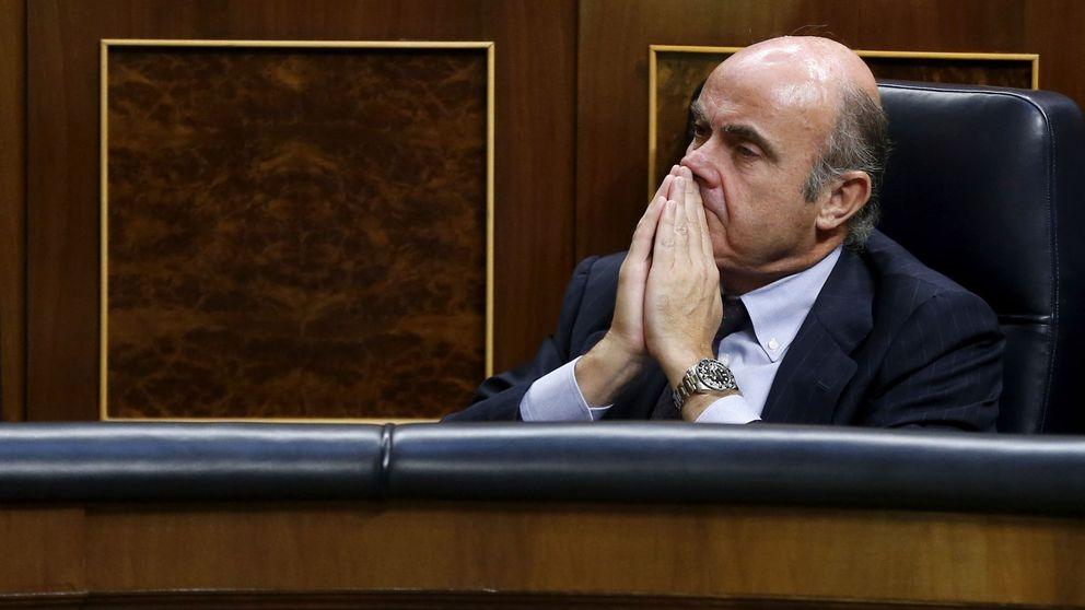 Piden la comparecencia de Guindos para explicar la propuesta de Soria