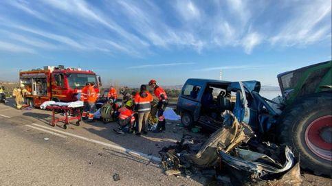 Tres muertos y cuatro heridos en un accidente con un tractor en Caspe