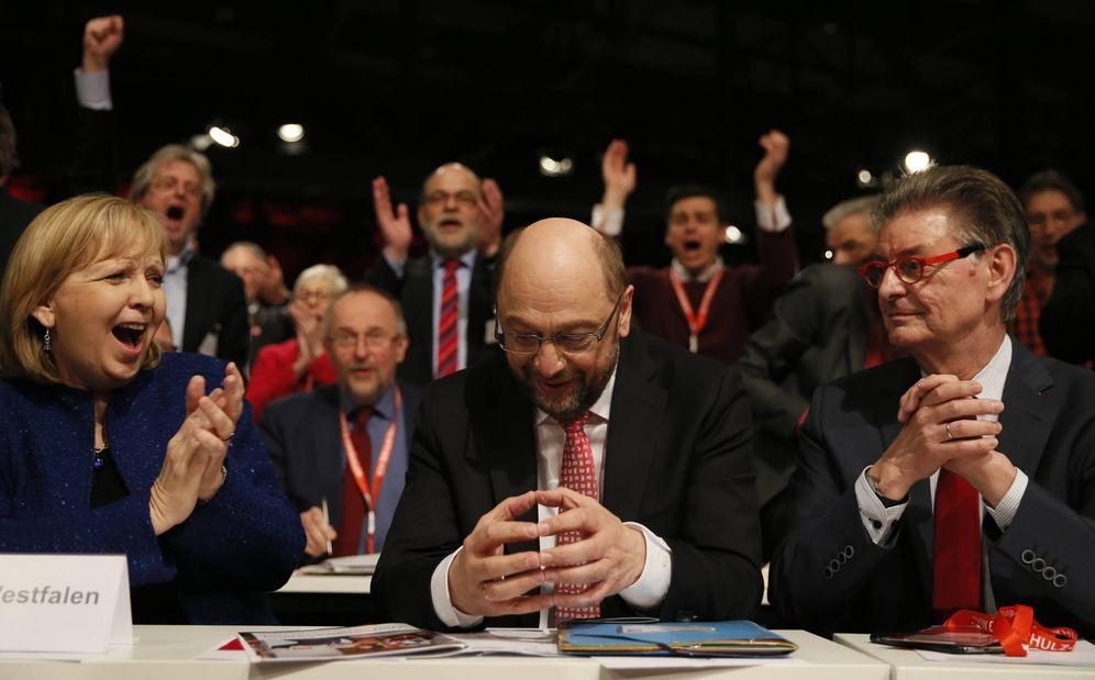Foto: Schulz reacciona tras ser elegido líder del SPD durante la convención de partido en Berlín. (Reuters).