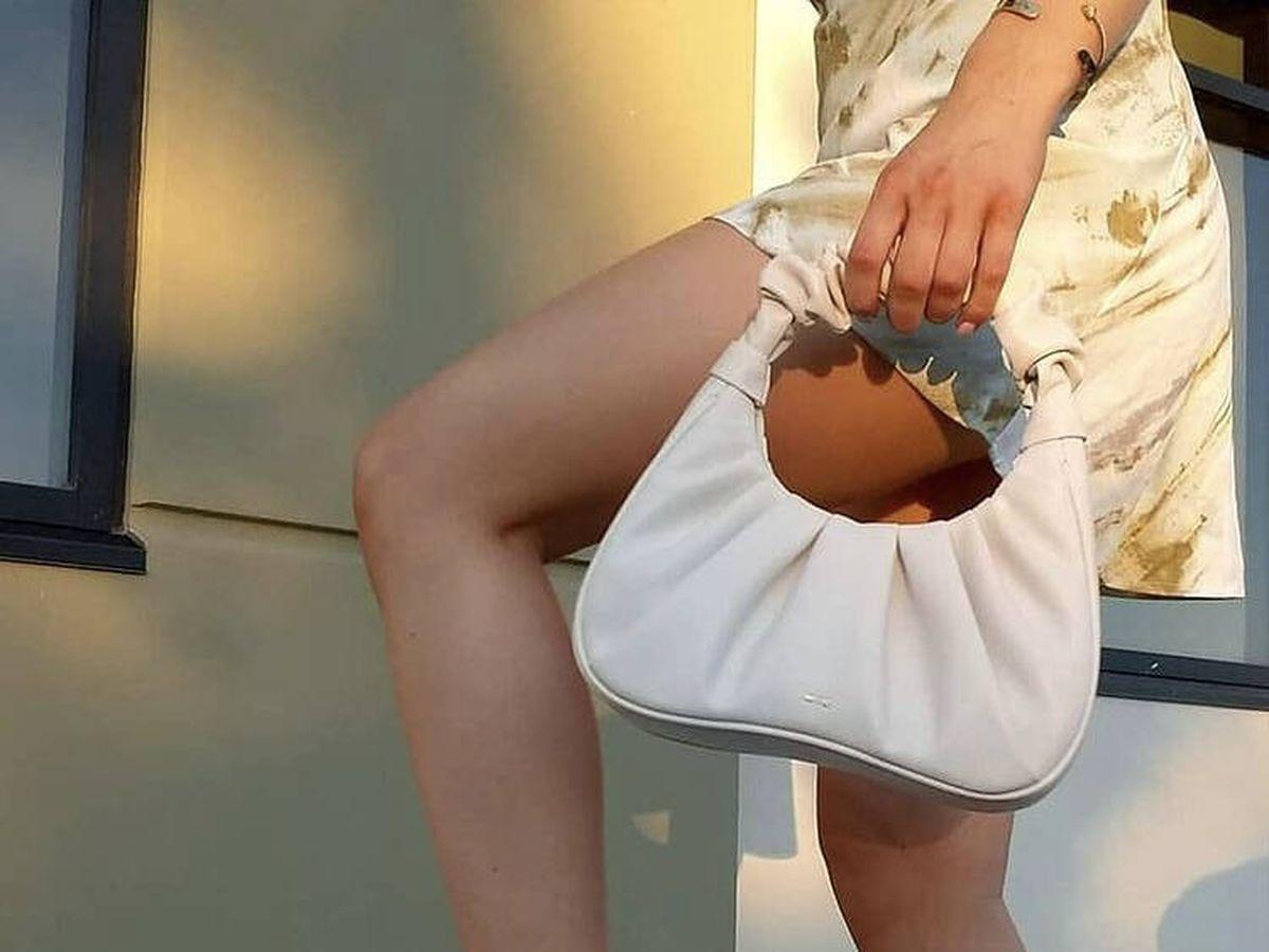 Foto: Bolso de cuero vegano de la marca JW Pei. (Instagram @jwpei_official)