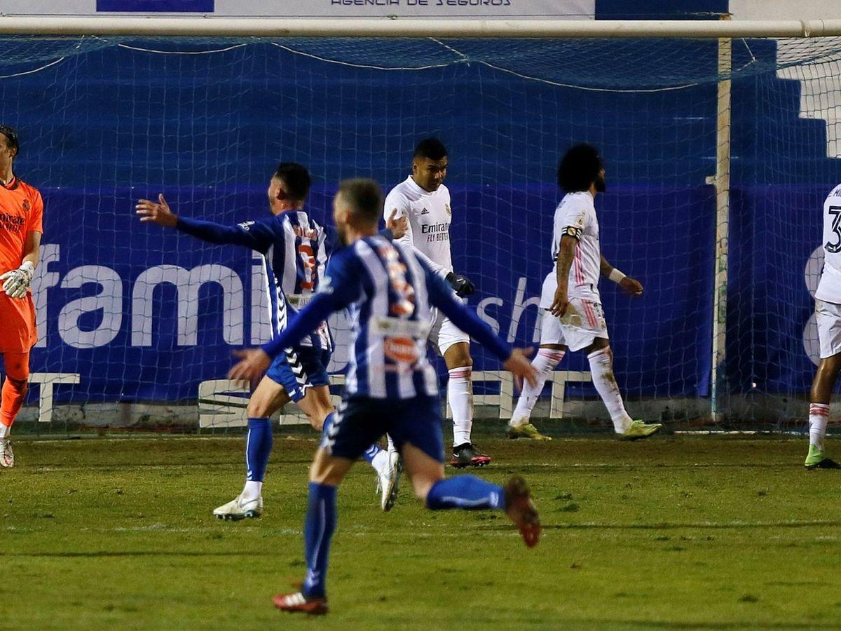 Foto: El Alcoyano de Segunda División B tumbó al Real Madrid en Copa. (EFE)