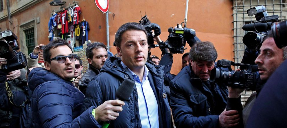 Foto: El líder del Partido Demócrata italiano (PD), Matteo Renzi (c), llega a la sede de su partido en Roma. (EFE)