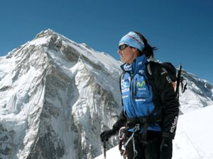 Edurne Pasabán logra hacer cumbre en el Kangchenjunga