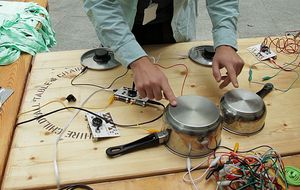 Cómo convertir cualquier objeto en un instrumento musical