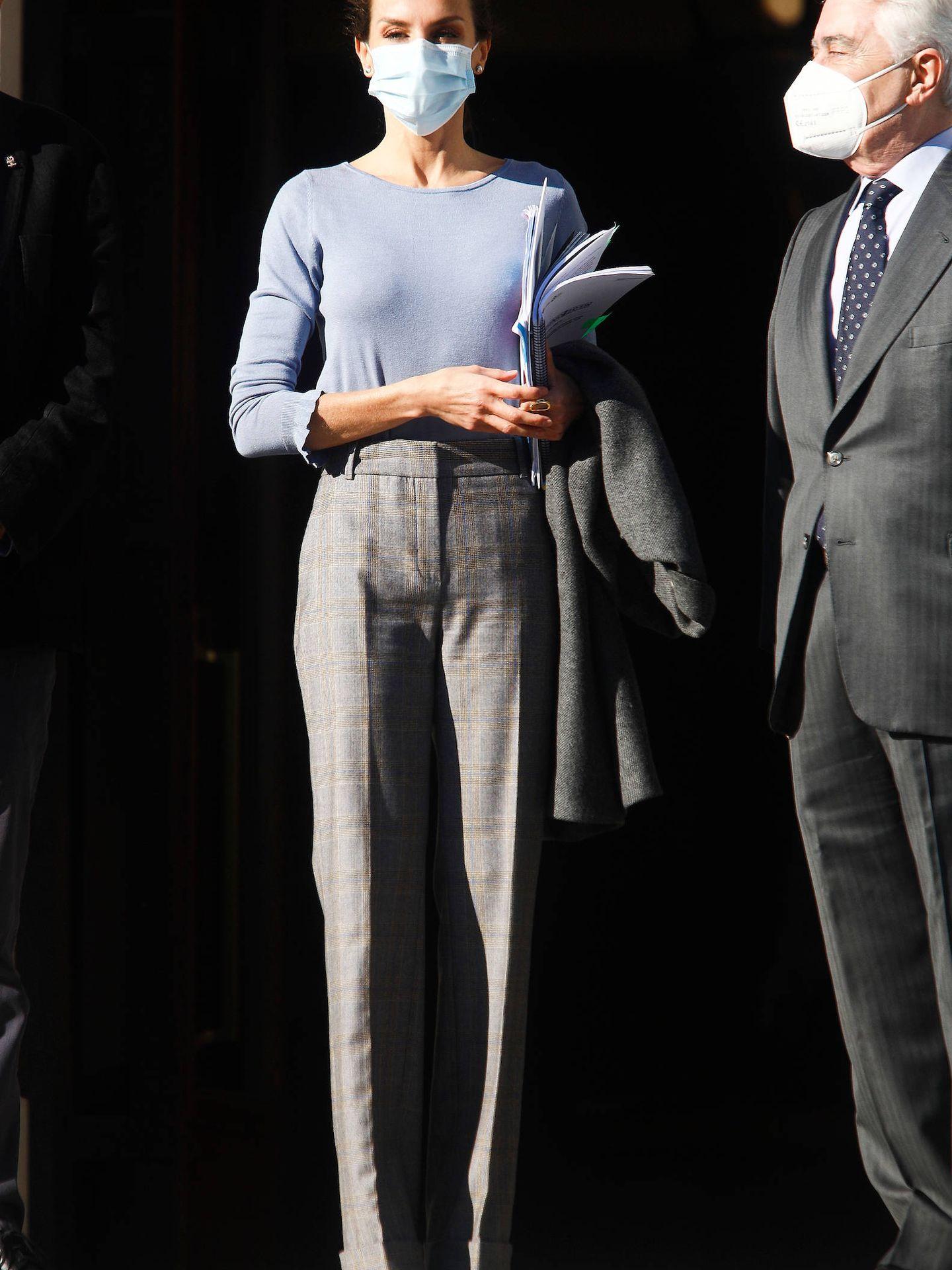 La Reina, a su llegada. (LP)