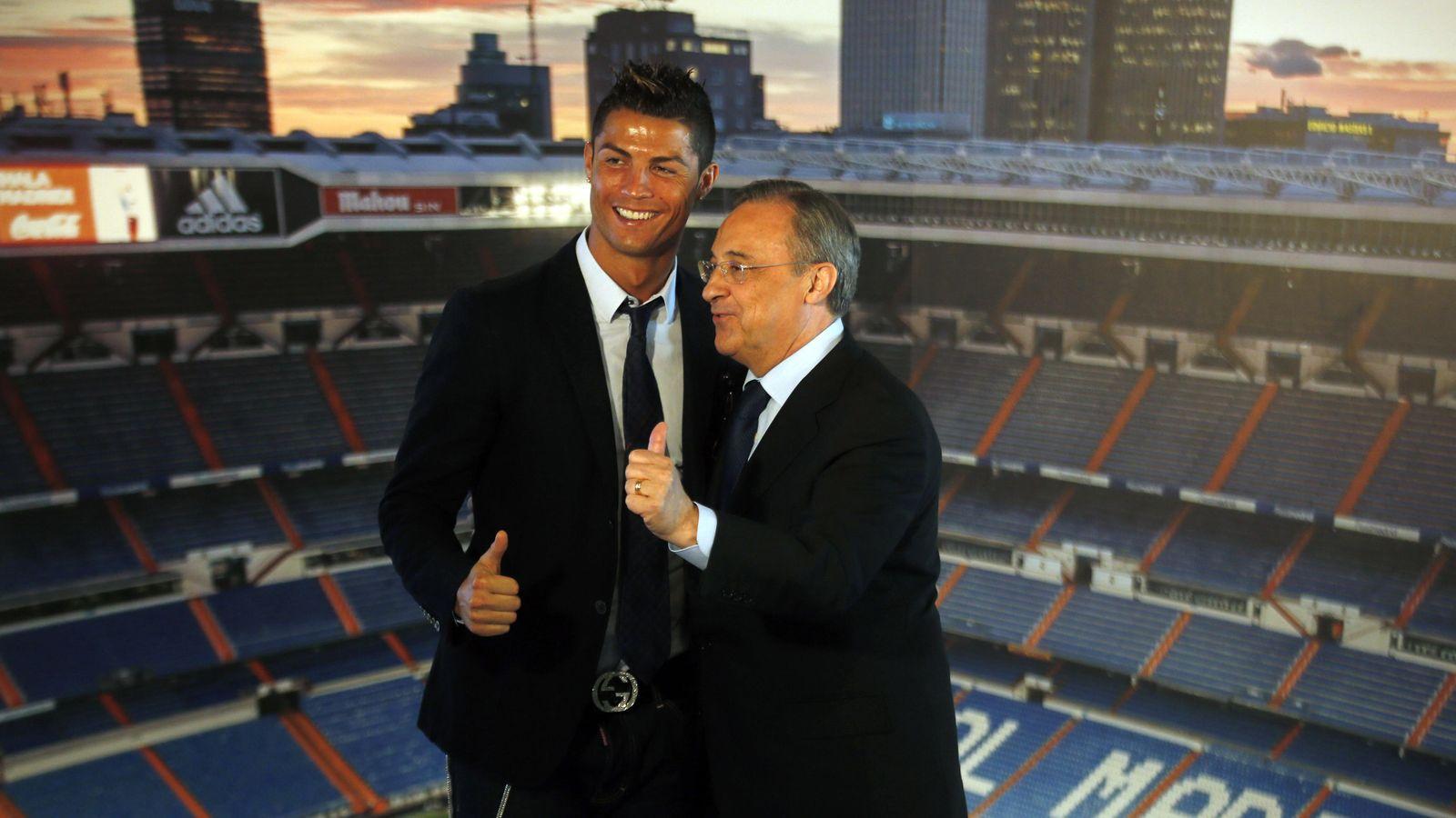 Foto: Cristiano y Florentino Pérez (Reuters)