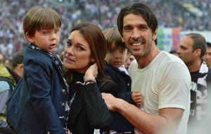 Gianluigi Buffon encuentra a su propia Sara Carbonero