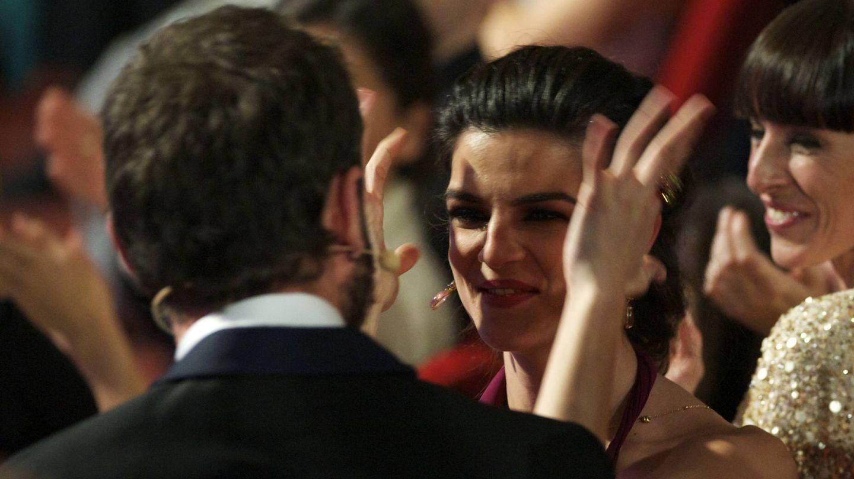 Dani Rovira y Clara Lago, durante los Goya de 2015. (Getty)