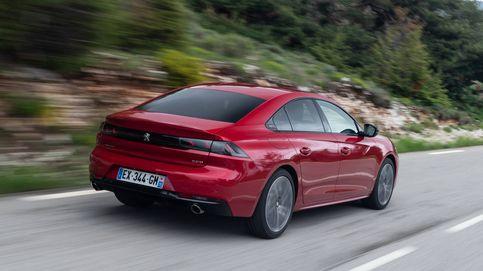 La ofensiva del coche eléctrico con dos modelos que solo se fabrican en España