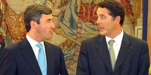 Foto: Los ex ministros Michavila y Acebes fusionan sus dos despachos de abogados