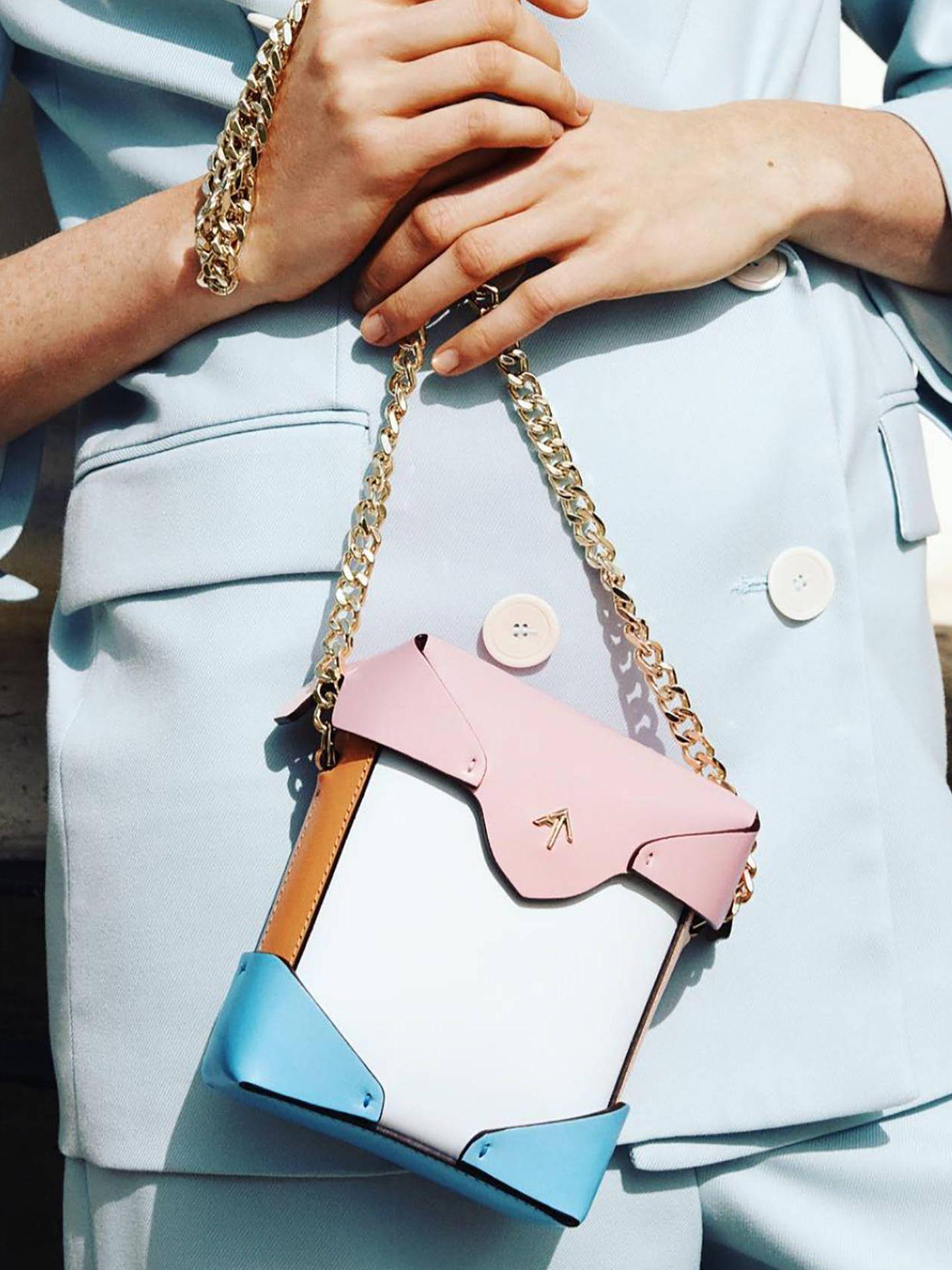 Los bolsos de Manu Atelier han conquistado a influencers de la talla de Blanca Miró. (Cortesía)