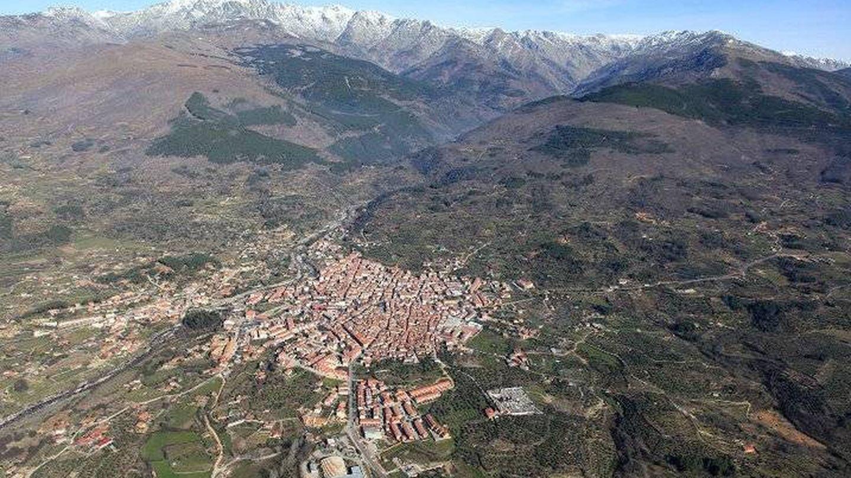 Imagen del paisaje urbanístico de Candeleda.